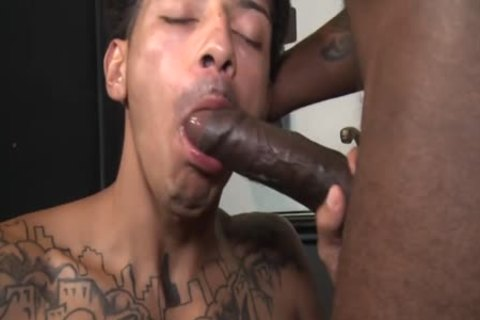 JUAN CARLOS & ADONIS COUVERTURE - large dick NEEDS RELEASED