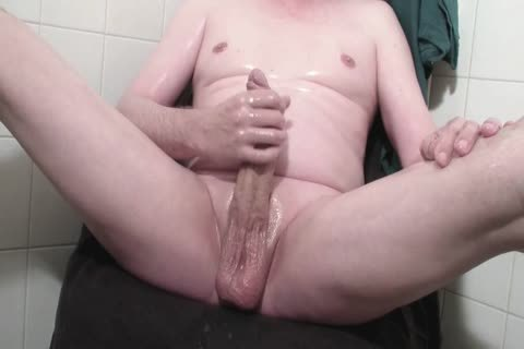 OILED UNCUT MASTURBATION 367