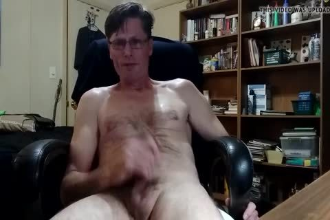 Jacking Off cum Tribute For Carol